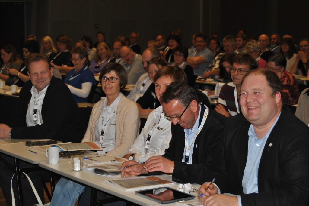 Styret i NLT. Frå venstre: Finn Egil Adolfsen, Aud Fossøy, Bodil Mannsverk, Jorulf Refsnes og Harald Lie