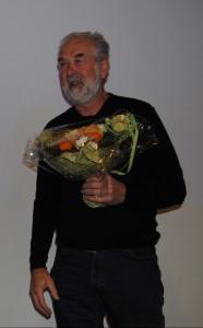 Møteleiar Johan Arnt Gjeten vart takka for sine år som møteleiar.